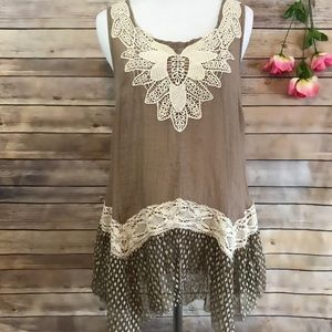 A'reve sleeveless tunic with lace size Small